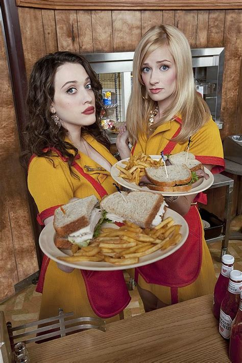 2 Broke Girls - Season 1 - New Promotional Cast Photos and
