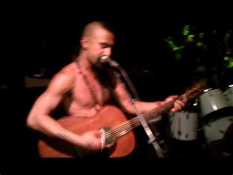 Nahko Bear confronts someone in the audiance - YouTube