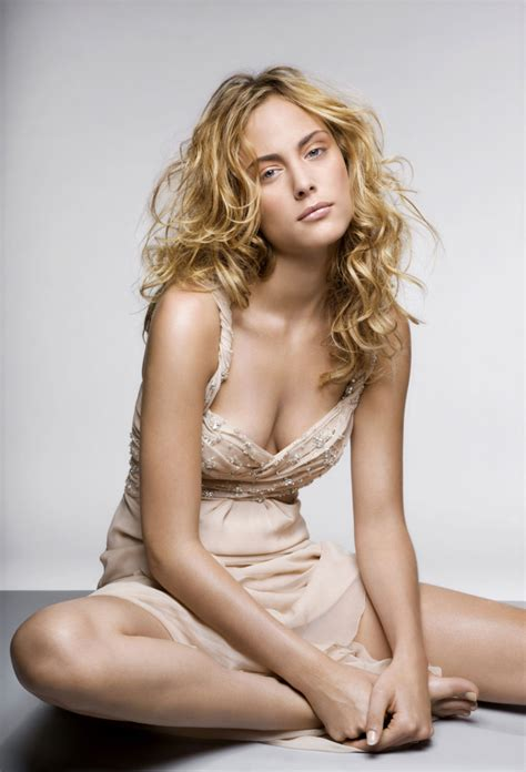 Hottest Woman 7/1/15 – NORA ARNEZEDER (Zoo / Mozart in the