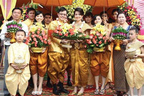 Double happiness: Marriage of two cultures brings twice
