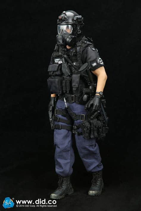 1/6 DID LAPD SWAT Assaulter - Driver Sixth Scale Figure